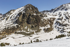 Basses del Siscaró, Principat d'Andorra (kike.matas) Tags: canon canoneos6d canonef1635f28liiusm kikematas bassesdelsiscaró valldincles canillo andorra andorre principatdandorra pirineos paisaje refugio montañas nature nieve lightroom4 senderismo андорра