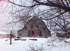 #House #in #NewEngland #winter #snowstorm (mikeliebler222) Tags: weather farmhouse vernon connecticut inthesnow mikeliebler liebler mikey mike white snowy snowing snow northeastern northern winterwonderland house newengland winter snowstorm