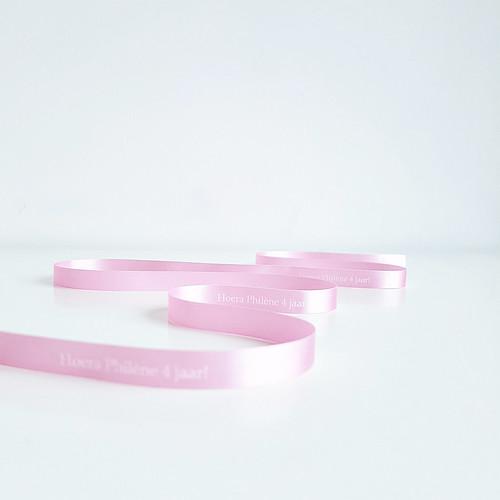 10mm roze lint met wit bedrukt