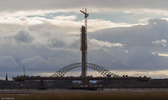 one of these (pootles place) Tags: jubileebridge merseygateway