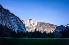 Half Dome, Yosemite (傑森林 (Jason Lin)) Tags: ricoh grii halfdome yosemite 2017 mountain nationalpark landscape grass valley