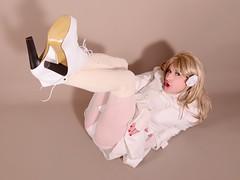 117L1L (klarissakrass) Tags: heels legs overknee crossdress