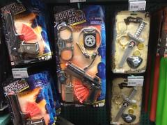 La Grande Récré (Nobo Sprits) Tags: la grande récré toys jouets police gun speelgoed pistool brussel bruxelles shop brussels kids