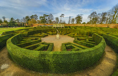 The Maze,Blenheim Palace (y.mihov, Big Thanks for more than a million views) Tags: blenheim palace maze europe england englanduk uk garden green trespass travel tourist trees sonyalpha sightseeing sigma 1224mm wide