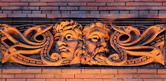 Bathed In Light .... 1890's Green Man / Grotesque Bas-Relief (Greg's Southern Ontario (catching Up Slowly)) Tags: greenman basrelief grotesque broadviewhotel