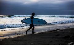 Solana Beach (Alex Szymanek) Tags: surf water wet evening light west coast california solana beach ocean sunset sand waves surfer canon mark iii april 2017