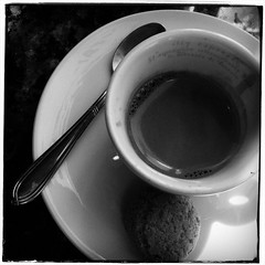 Espresso (bob august) Tags: caf montral rosemont mai squareformat printemps carr iphone4 iphonography iphoneographie caffmillegusti ruestzotiqueest applicationaltphoto
