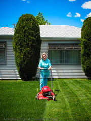 05212013 01b (Anarchivist Digital Photography) Tags: denver oldwoman mowinglawns