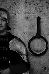 Direttamente dal Medio Evo (Antonio Cinotti ) Tags: city blackandwhite italy soldier nikon italia sienna tuscany siena toscana bianconero biancoenero citt medioevo middleage soldato nikond7100