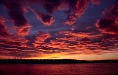 Rab zonsondergang met lenswolken ( altocumulus lenticularis ) Kroati 2004 (wally nelemans) Tags: sunset 2004 zonsondergang croatia hrvatska kroatie rab