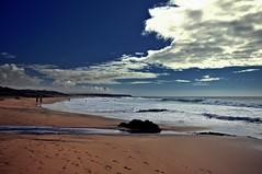 marea baja (Claudia Gaiotto) Tags: sky clouds fuerteventura playa silence cielo nubes canaryislands silencio oceano atlantico marea mareabaja elcotillo sopravento islacanaria