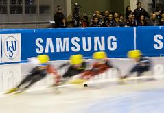 World Cup Short Track (Muratodentro [ Luca Renoldi ]) Tags: italy ice speed nikon skating worldcup turin ghiaccio pattinaggio shorttrack