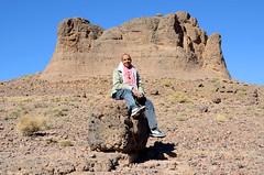 Abdo in de Saghro Mountains, Marokko 2013 november (wally nelemans) Tags: outcrop morocco maroc marokko abdo 2013 jebelsarhro saghromountains