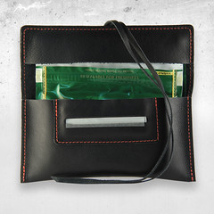 Portatabacco in vera pelle nera Mav (portatabacco mav) Tags: porta borsa