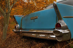 Baby got back (Len Langevin) Tags: chevrolet abandoned belair nikon classiccar rusty tokina rustbucket chevy bumper chrome 1975 1957 fins 1224 chev the50s 1957chevrolet d300s nostalgiea
