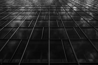 Abstract V °054/365