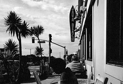 Sloat Blvd, San Francisco (Postcards from San Francisco) Tags: sanfrancisco analog film ma leica jchstreetpan400 35mmsummicronasph