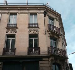 Limoges, Haute-Vienne (Marie-Hélène Cingal) Tags: france sudouest nouvelleaquitaine limoges hautevienne 87 balcons balconies fer iron