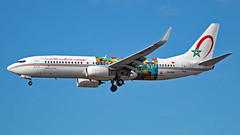 CN-RGH - Boeing 737-86N - LHR (Seán Noel O'Connell) Tags: royalairmaroc cnrgh boeing 73786n 737 738 wingsofafricanart mbokolagriffe heathrowairport egll at800 ram800f cmn gmmn lhr