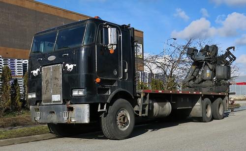 Peterbilt 362 SBFA Cabover Truck - a photo on Flickriver
