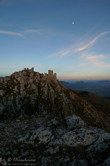 Rocca Calascio al tramonto (EmozionInUnClick - l'Avventuriero's photos) Tags: gransasso roccadicalascio castello panorama tramonto