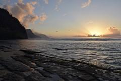 Last night on Kauaʻi, Sunset at the Na'pali coast, Ke'e Beach at Hāʻena Beach State Park (Tatiana12) Tags: 2017 hawaii kauai bestofhawaii keebeach sunset