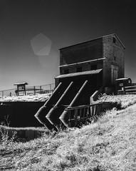 Pump House (Infrared) (jeffk42) Tags: calumet largeformat 4x5 rollei infrared ir400 fujinon 120mm blackandwhite film analog filmisnotdead florida