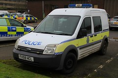 Lincolnshire Police Ford Transit Connect Station Van (PFB-999) Tags: lincolnshire lincs police ford transit connect station cell cage response van vehicle unit lightbar grilles rotators beacons leds fx59hcl