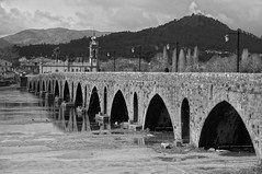 Circle Bridge, Ponte de Lima (PHOTOGRAFIEBER) Tags: portugal roadtrip beauty black white bw ponte de lima medieval age reflection architecture city cityscape