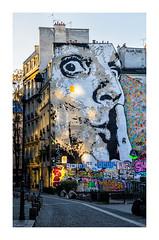 Chuuuttt (Olivier Faugeras) Tags: paris beaubourg graffiti tag pentax