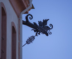 On the corner (Yvonne L Sweden) Tags: slott castle sweden roadtrip spring march tullgarn detail