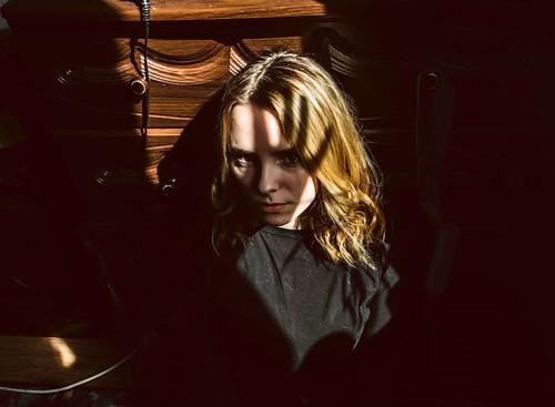 Новый опыт, пофотографировал в квартире, при слабом освещении,было сложно и весело. Хочешь фотосет? Пиши в Директ! #nikon #nikonphotography #nikontop #nikonportrait #portrait #portraitart #sun #nikon_russia #nikond5200 #portraiture #showdown #blonde #slav
