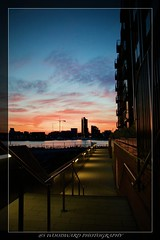 Walkway view (Simon Woodward Photography) Tags: sunset sunlight dusk water seaview seascape clouds sky city cityscape landscape southampton uk england hampshire shadows light buildings