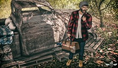 Work from Home ♫♪ (Murilo Tempest) Tags: modulus noir zoom nfinity skin man maleblog malepose maleclothes male malehair bag axe worker pose photograph photo photographer photoshop play forest beard guys guy game pipe tempest murilotempest necklace anchor glasses