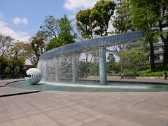 P1011052 (digitalbear) Tags: panasonic lumix gh5 g vario 1260mm f3556 marunouchi chiyodaku tokyo japan wadakura funsui koen park forntain