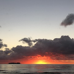 September 2016 (Area Bridges) Tags: september 2016 september2016 201609 connecticut sunrise morning milford beach sound longislandsound