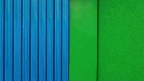 Blue Metal Green Stucco Walls 4604 C