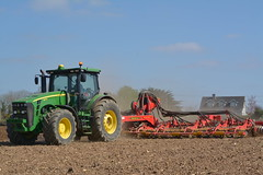 John Deere 8345R Tractor with a Vaderstad Carrier 1225 Cultivator (Shane Casey CK25) Tags: john deere 8345r tractor vaderstad carrier 1225 cultivator jd green clonroche county wexford plough ploughing turn sod turnsod turningsod turning sow sowing set setting tillage till tilling plant planting crop crops cereal cereals ireland irish farm farmer farming agri agriculture contractor field ground soil dirt earth dust work working horse power horsepower hp pull pulling machine machinery nikon d7100 tracteur traktori traktor trekker trator ciągnik