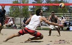 Digs it (Danny VB) Tags: park summer canada beach sports sport ball sand shot quebec boulogne action plateau montreal ballon sable competition playa player beachvolleyball tournament wilson volleyball athletes players milton vole athlete circuit plage parc volley 514 bois volleybal ete boisdeboulogne excellence volei mikasa voley pallavolo joueur voleyball sportif voleibol sportive celtique joueuse bdb tournois voleiboll volleybol volleyboll voleybol lentopallo siatkowka vollei cqe voleyboll palavolo montreal514 cqj volleibol volleiboll plageceltique