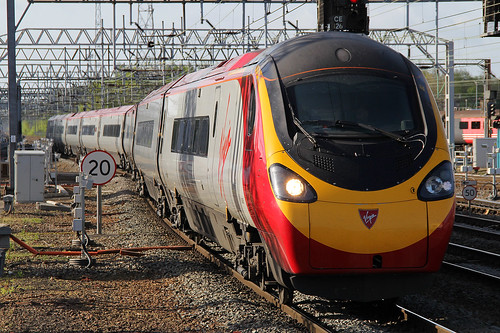 390005 Virgin Trains Pendolino