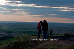 Photographers-Palouse-Landscape (ArtApril) Tags: sunset canon waiting watching photographers palouse phototrips photobyaprilbielefeldt
