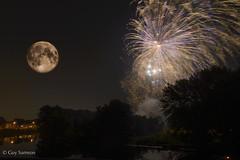 Quelle nuit! / What a night! (guysamsonphoto) Tags: moon night lune river fireworks rivière nuit feuxdartifice victoriaville vicro nikond600 nikkor2485 rivièreduquébec rivièrenicolet guysamson