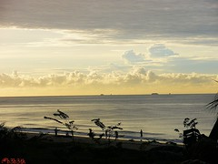 Pagi d kota Minyak... (b3b3th) Tags: city beach indonesia oil balikpapan eastkalimantan