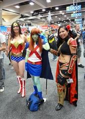 Wonder Woman with Magdalena & Miss Martian at SDCC 2013 (Cutterin) Tags: woman wonder dc san comic cosplay diego wonderwoman comiccon con magdalena sdcc 2013 missmartian dalemortonstudio sdcc2013 sandiegocomiccon2013 cutterin