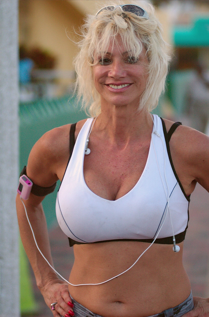 Hot milf in tank top