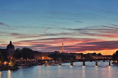 #PontdesArts @night PARIS (CreART Photography) Tags: street city travel bridge light sunset shadow urban paris france color art abandoned love beautiful fashion seine canon river dark puente photography movement model frankreich europa raw ledefrance rivedroite picture streetphotography frana ponte toureiffel pont brcke francia parijs rivegauche pars  kpr parigi  sena bateauxmouches  pontdesarts autofocus seineriver riosena laseine  pary parys  canoneos5d cathdralenotredamedeparis pariis  excursionboats isladelacit parizo rosena canonfrance  catedraldenotredamedeparis barcosmoscas fleuvefranais pars m creartphotography
