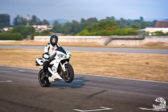 Wheelin' (SpeedMessiah) Tags: yamaha r1 wheelie trackday vascosameiro circuitovascosameiro trackdaybraga