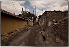 gb101 (la_imagen) Tags: turkey trkiye trkei ankara turqua altnda andarlmahallesi gecekondublues