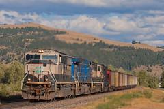 Slowing for Elliston (Westbnsf) Tags: railroad train montana trains locomotive coal bnsf westbound elliston burlingtonnorthernsantafe mullan sd70mac mullanpass