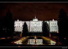 Palacio Real (Pogdorica) Tags: madrid real luces noche fuente nocturna oriente palacio